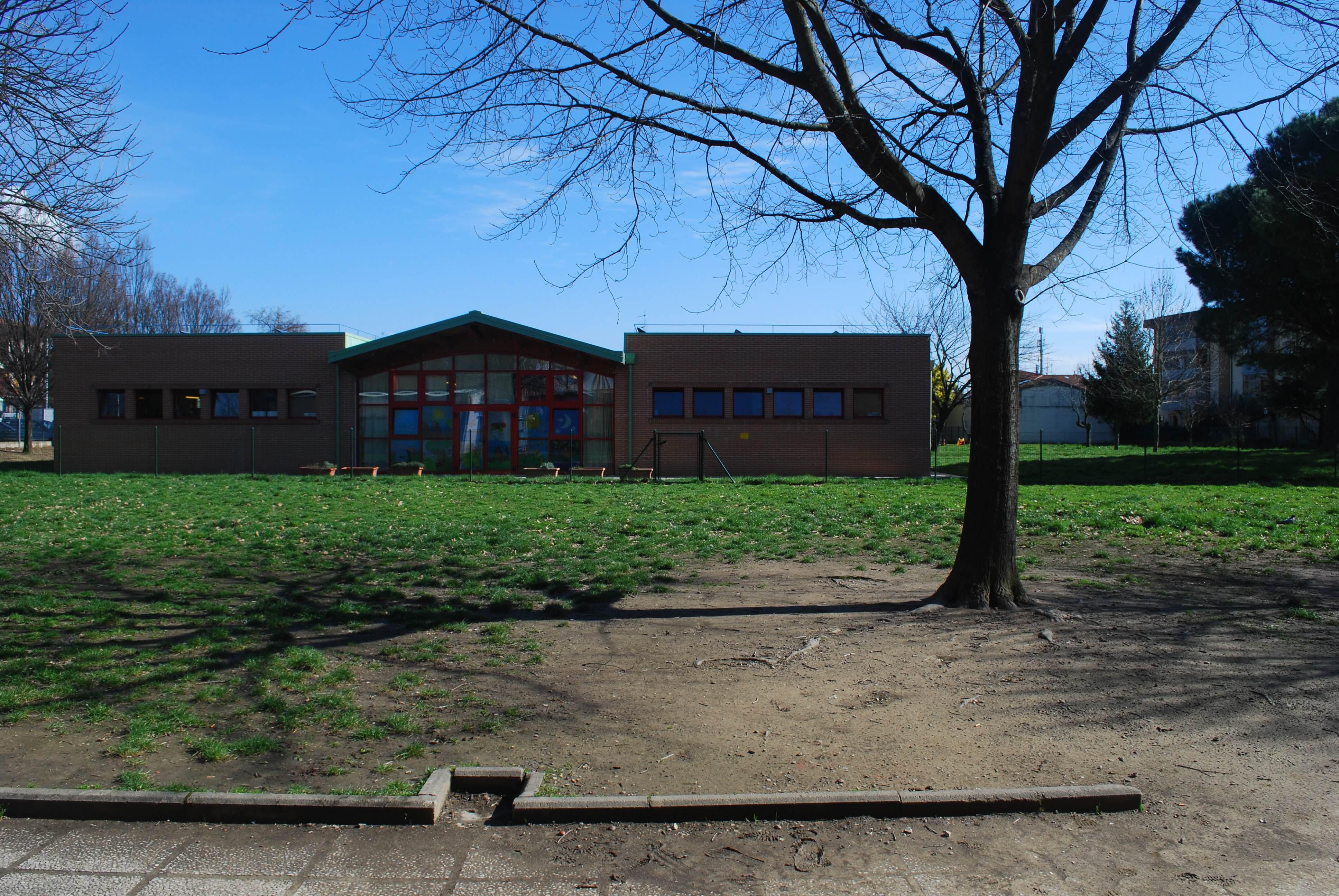 Scuola dell'Infanzia C.A.Dalla Chiesa - Plesso A