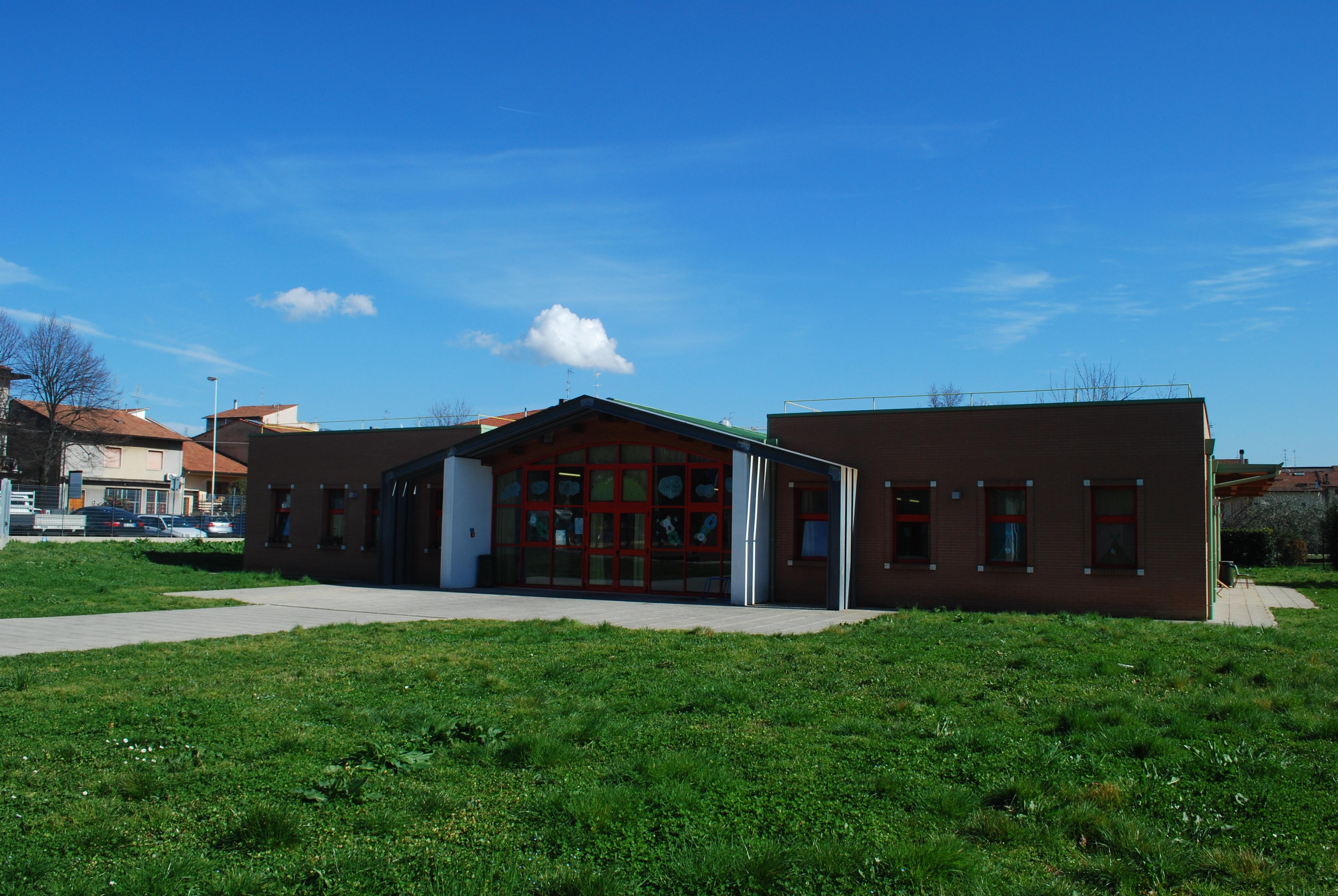 Scuola dell'Infanzia C.A.Dalla Chiesa - Plesso B